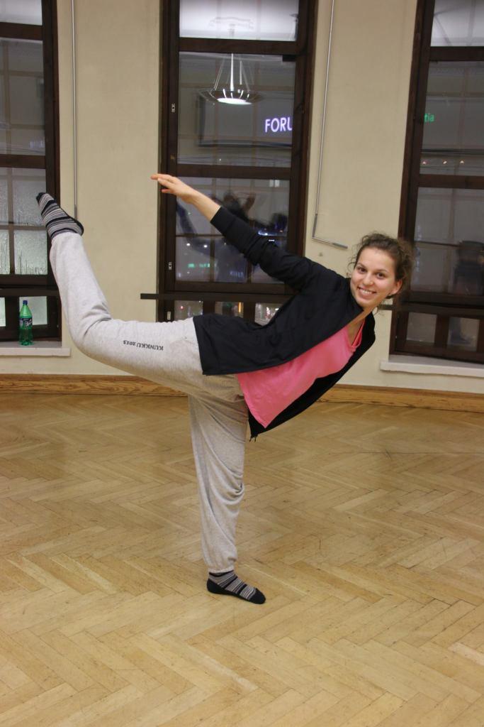 Tanssija-Roosa