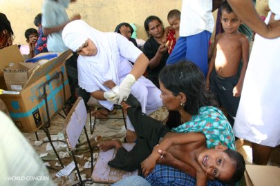 World Concern provides essential supplies and food for people injured during the Sri Lanka civil war.