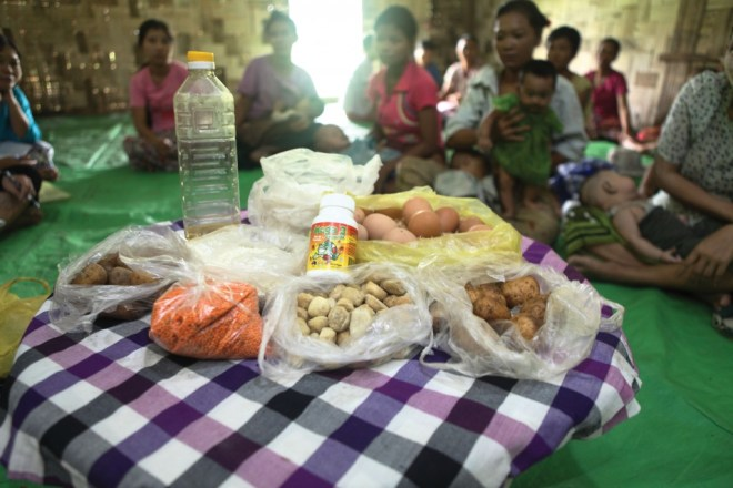 An emergency food kit gives a hungry child locally-sourced food, for just $22.