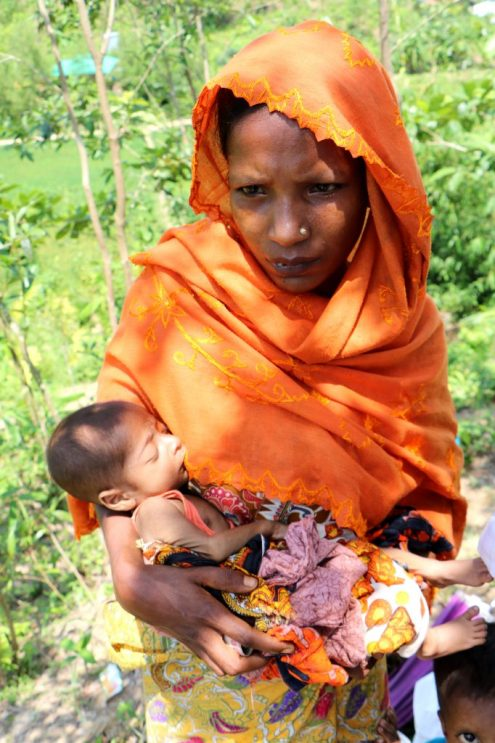 rohingya refugee mother in a camp