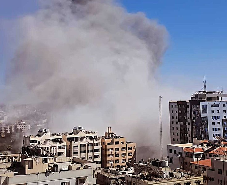 An image of the bombed press offices in Gaza by the Israeli Air Force on May 15, 2021. Credit: Wikimedia Commons, 2021.