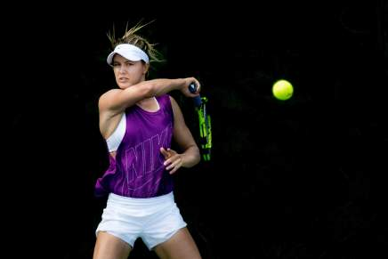 Why do female tennis players grunt?