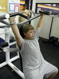 Strength-building exercises help adolescents reduce health