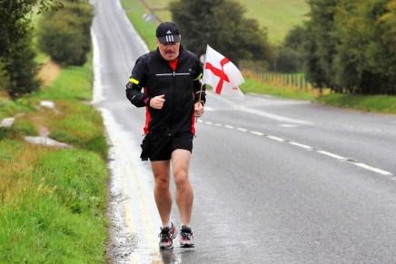27 marathon target for Eddie Izzard