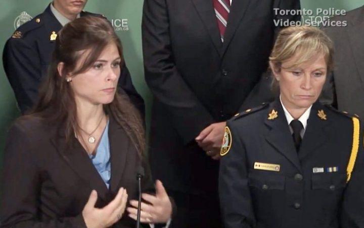 Près De 400 Enfants Sauvés Et 348 Adultes Arrêté Canadienne De L'Enfant Porno Buste