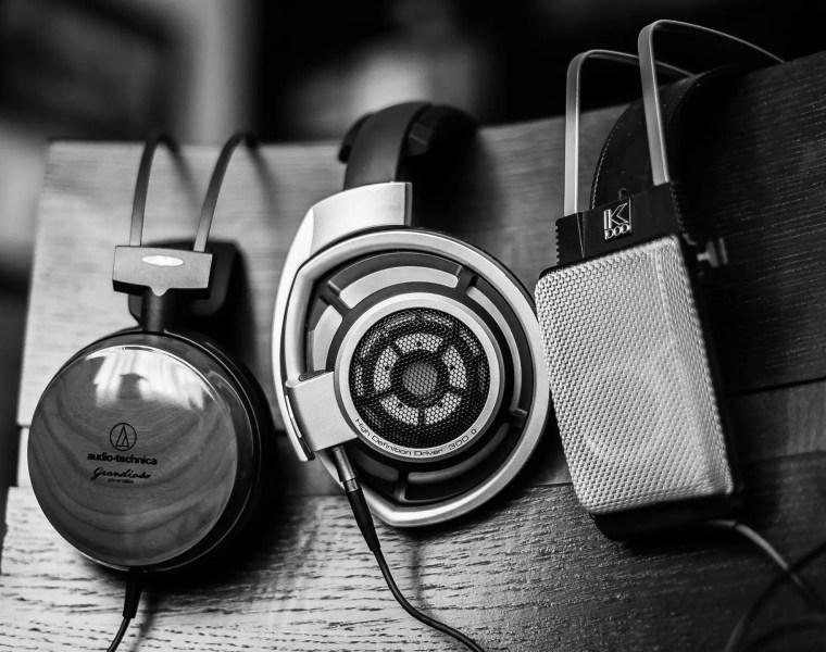 top 10 headphones for college students