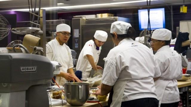 https://i1.wp.com/humberetc.ca/wp-content/uploads/2017/12/Humber-Chefs.jpg?resize=640%2C360