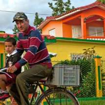 Bike ride to school (Viñales)