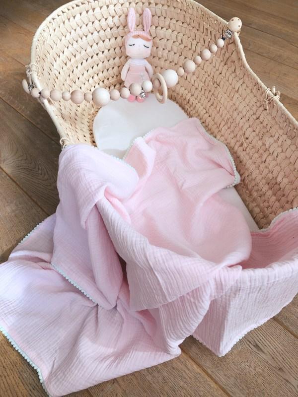 Hydrofiel doek large licht roze met mintgroene pompom rand