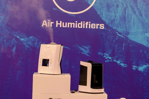 Image of air purifier versus humidifier