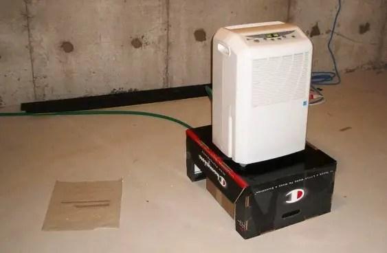 Image of dehumidifier hot air