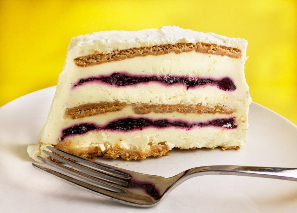 Blueberry-Lemon Icebox Cake slice featured