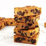 Easy PB Choco Chip Blondies
