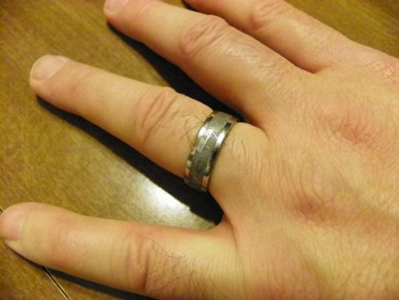 https://4.bp.blogspot.com/-LNjsho8i3sI/Tw6HTGdPy_I/AAAAAAAAAFI/S0h2qRZ2bbI/s1600/ring+photo+resized.jpg