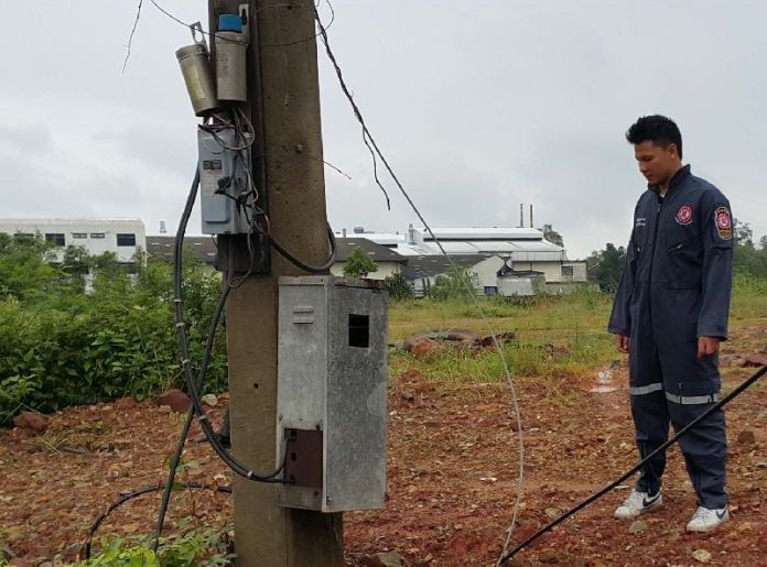 Man Dies Urinating Near Electricity Pole