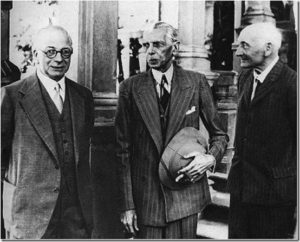 Jinnah-with-Cabinet-Mission_thumb[1]