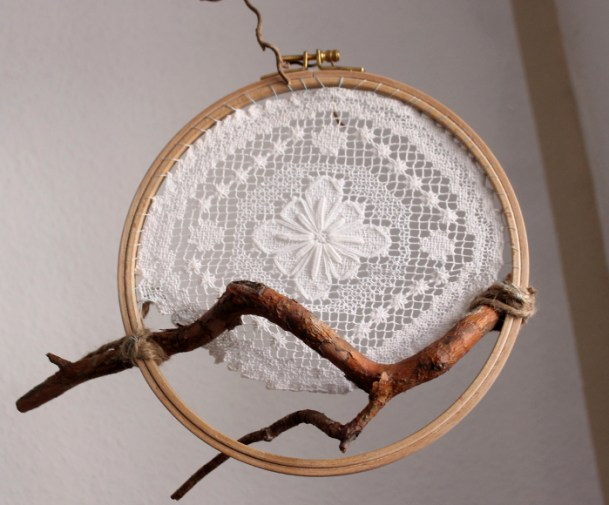 DIY Dreamcatcher for dogs