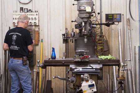 Full In-house Machine Shop, Custom Manufacture Most Cylinder Components
