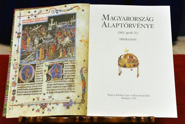 The Hungarian Constitution, deluxe edition