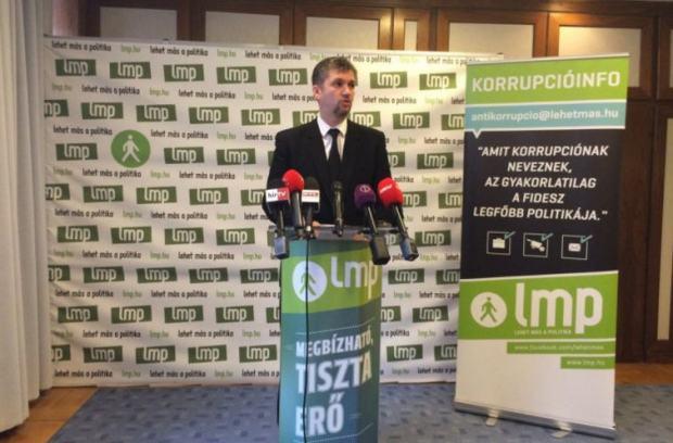 "Ákos Hadházy at his first ""Corruption Info"""