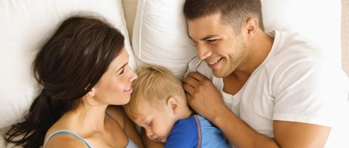 Eltern Adoption Kind   © panthermedia.net /Lee Torrens