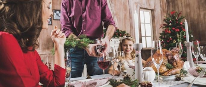 Essen mit der Familie | © panthermedia.net /LightField Studios