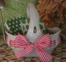 """7""""x7"""" Ceramic Bow Basket $14.50 Adorable for sweet treasures"""