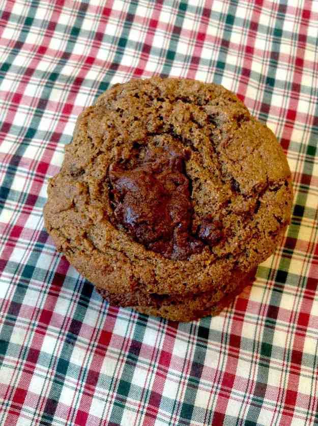 chocolate-kissed-gingerbread-cookies