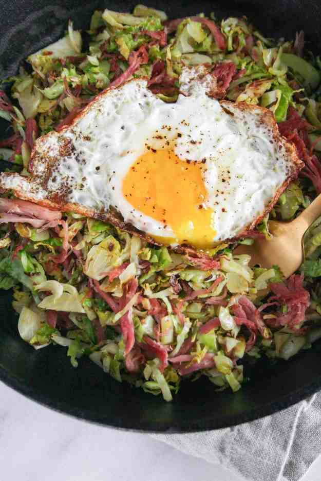 Pork and Brussels Sprouts Breakfast Hash | paleo, Whole30, healthy, skillet, easy, eggs | hungrybynature.com