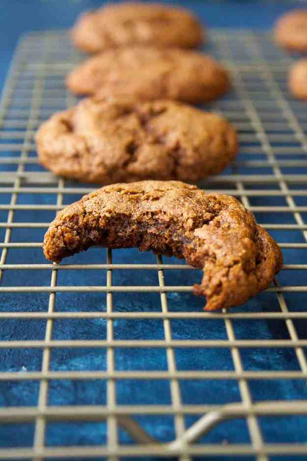 AIP Chewy Molasses Cookies | #aip #paleo #autoimmunewellness #holiday #cookies | hungrybynature.com