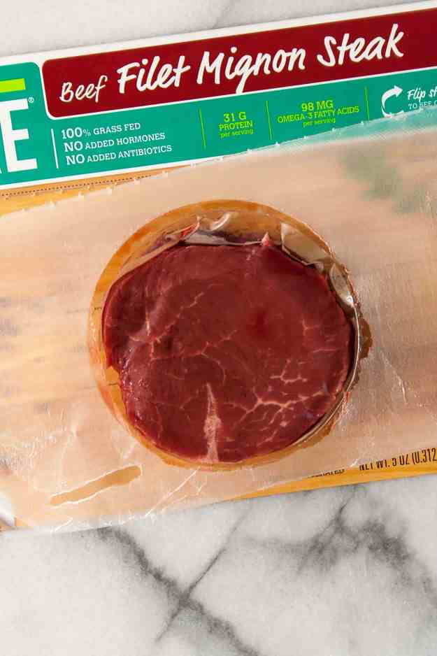 A Guide to Grass Fed Beef | #ad #eatpre #prebrands #filetmignon #howto #steak #beef | hungrybynature.com