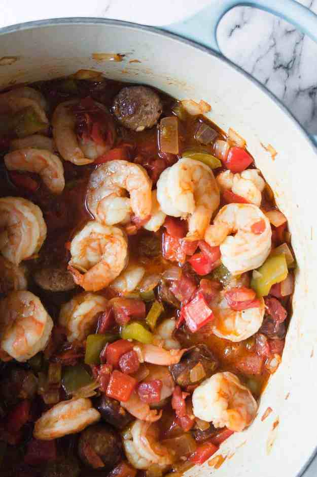 Whole30 Shrimp and Sausage Gumbo | #recipe #cleaneating #paleo #stovetop #crockpot #glutenfree #easy #cauliflowerrice | hungrybynature.com