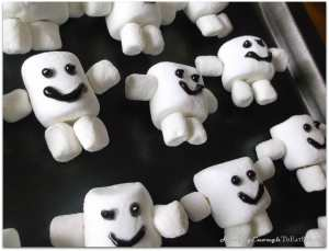 Doctor Who Inspired Cupcakes with Adipose on HungryEnoughToEatSix.com