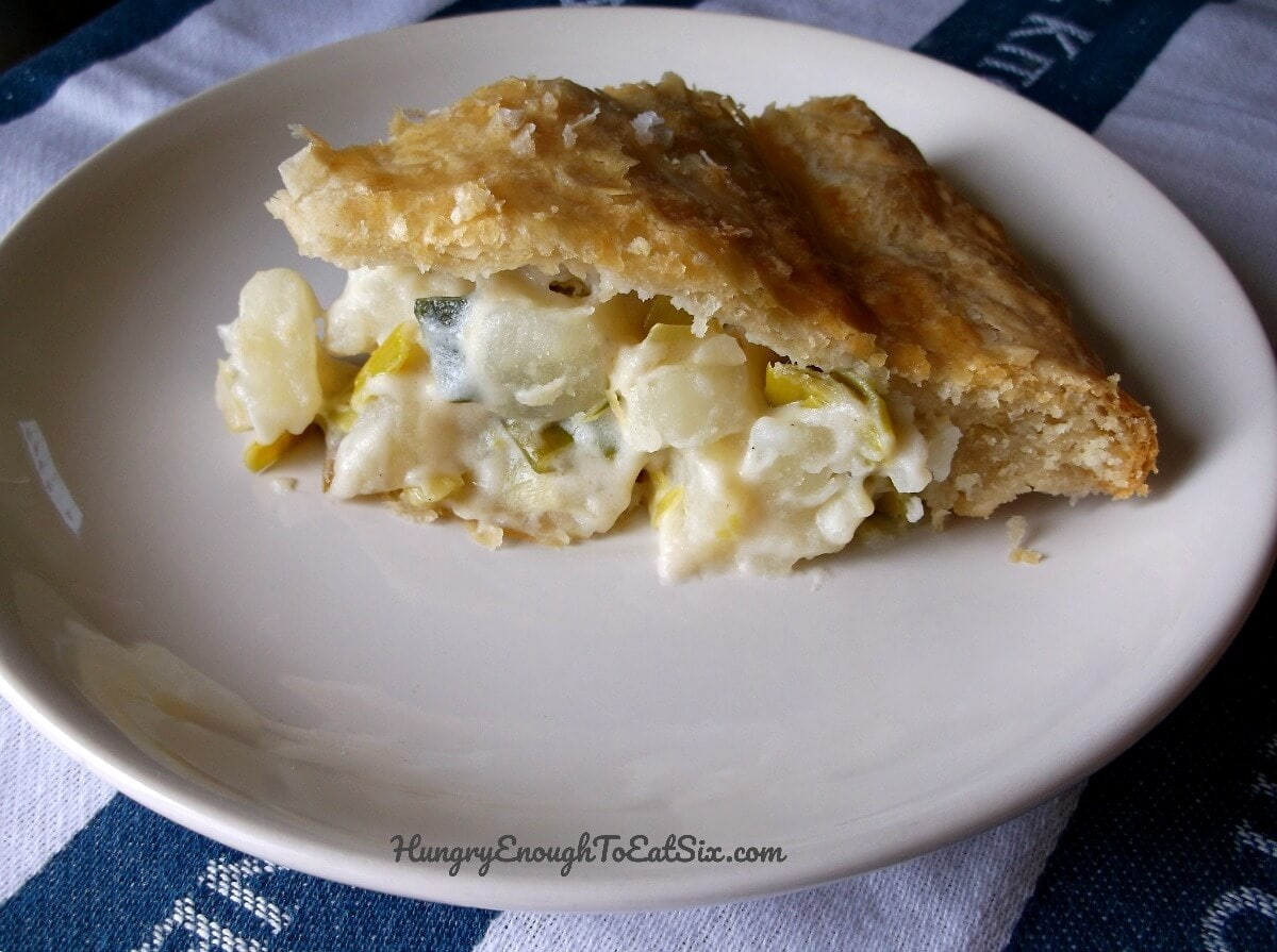 A savory pie brimming with leeks and potatoes in a creamy white sauce!