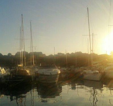 Sonnenuntergang im Jachthafen
