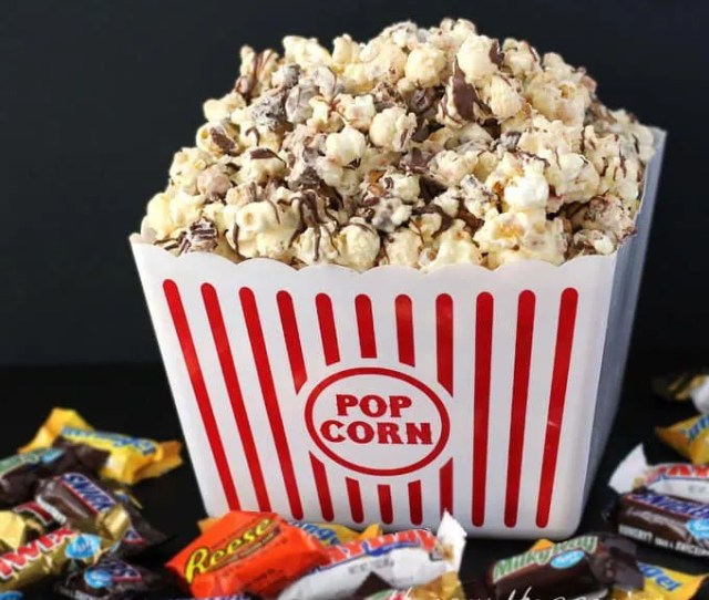 Use All That Left Over Halloween Candy To Make Some Amazing White Chocolate Candy Bar Popcorn