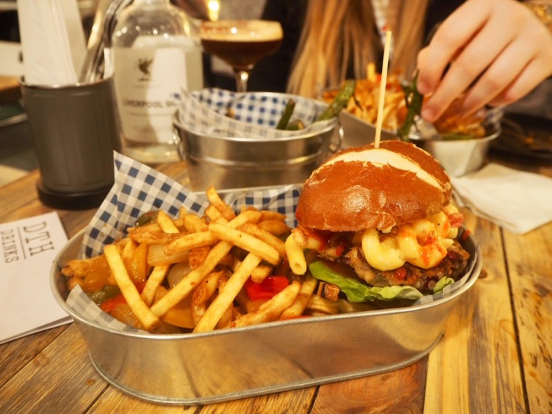 Vegetarian junk food Down the Hatch Liverpool restaurant review