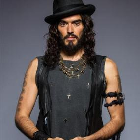 9.-russell-brand-420x420_1