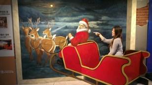 Onwards Santa!~