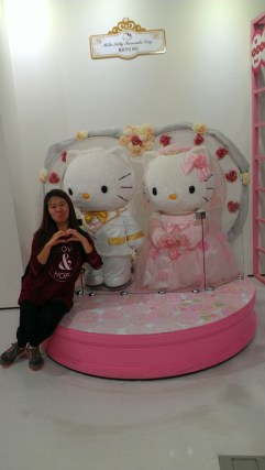 Hello Kitty Love <3