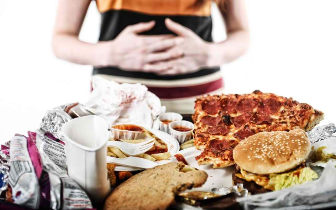 Overcome Binge Eating Faster: 4 Effective & Intuitive Ways To Do It