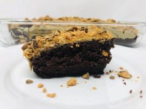 Easy Chocolate Butterfinger Cake
