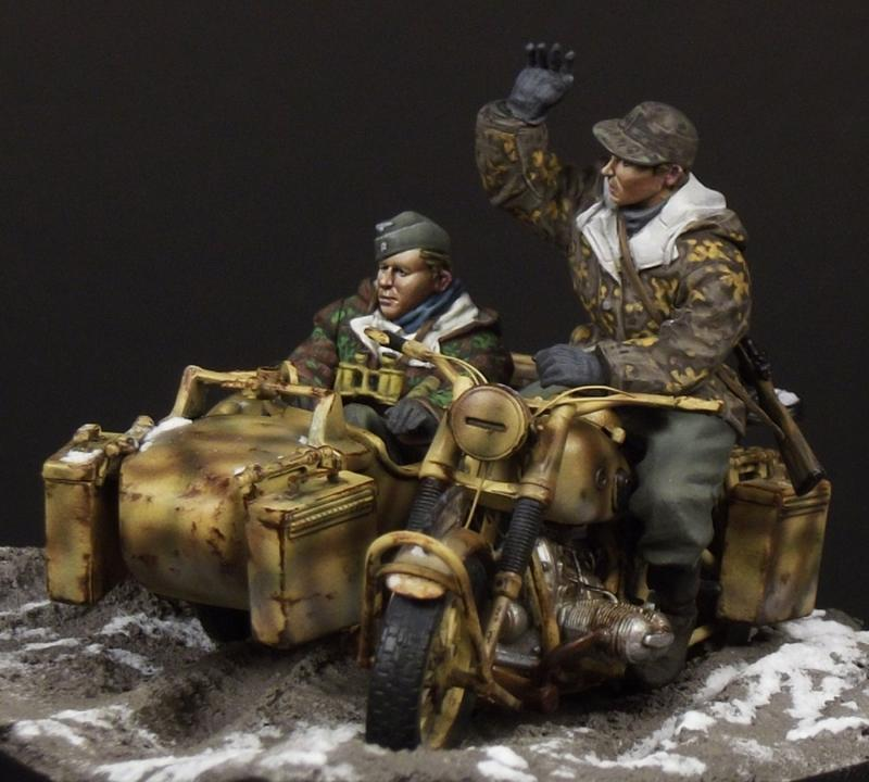 Painting 90mm Figures