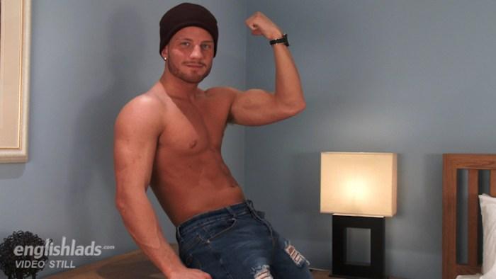 Straight jock Justin McGregor at Englishlads