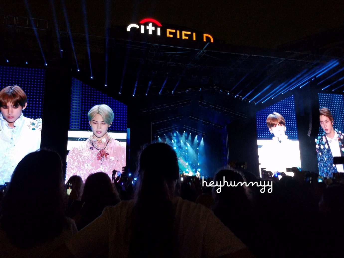 ::YOUTUBE:: I SAW BTS AND THEY WERE BEAUTIFUL. BTS Citifield NYC 2018 Love Yourself Concert 181006 Hunnyy