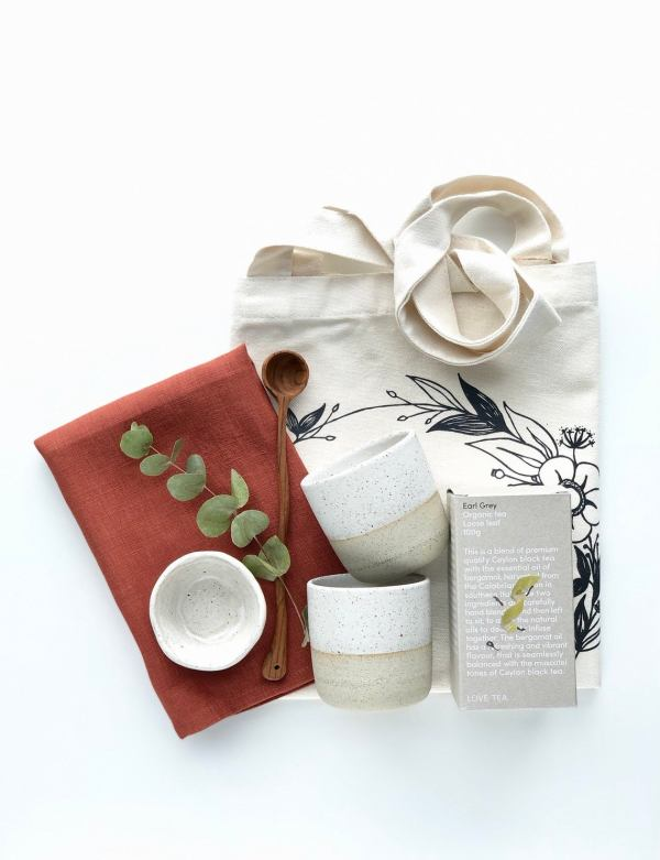 Tea for Two Gift box set in earth hunter and the fox