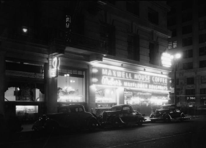 A night shot of the 8th Street side neon in 1937.