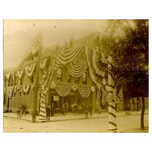 D.9.29 SW Corner 4th & Penn Hugo Mayer Clothing Store_600