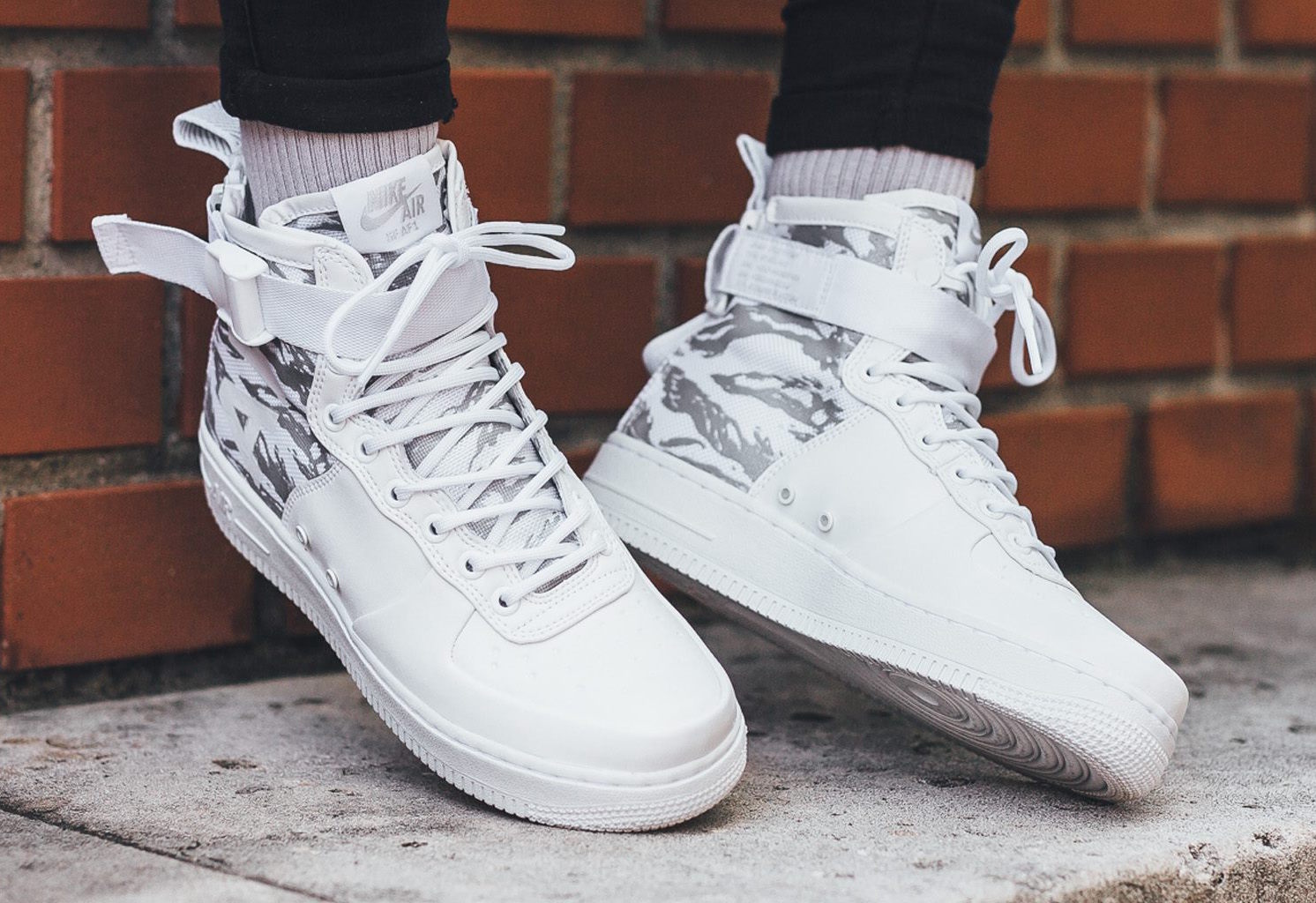 Nike Special Force Air Force 1 Mid