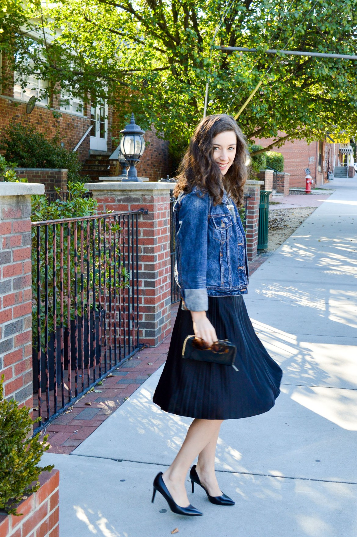 Ideas for how to wear a pleated skirt